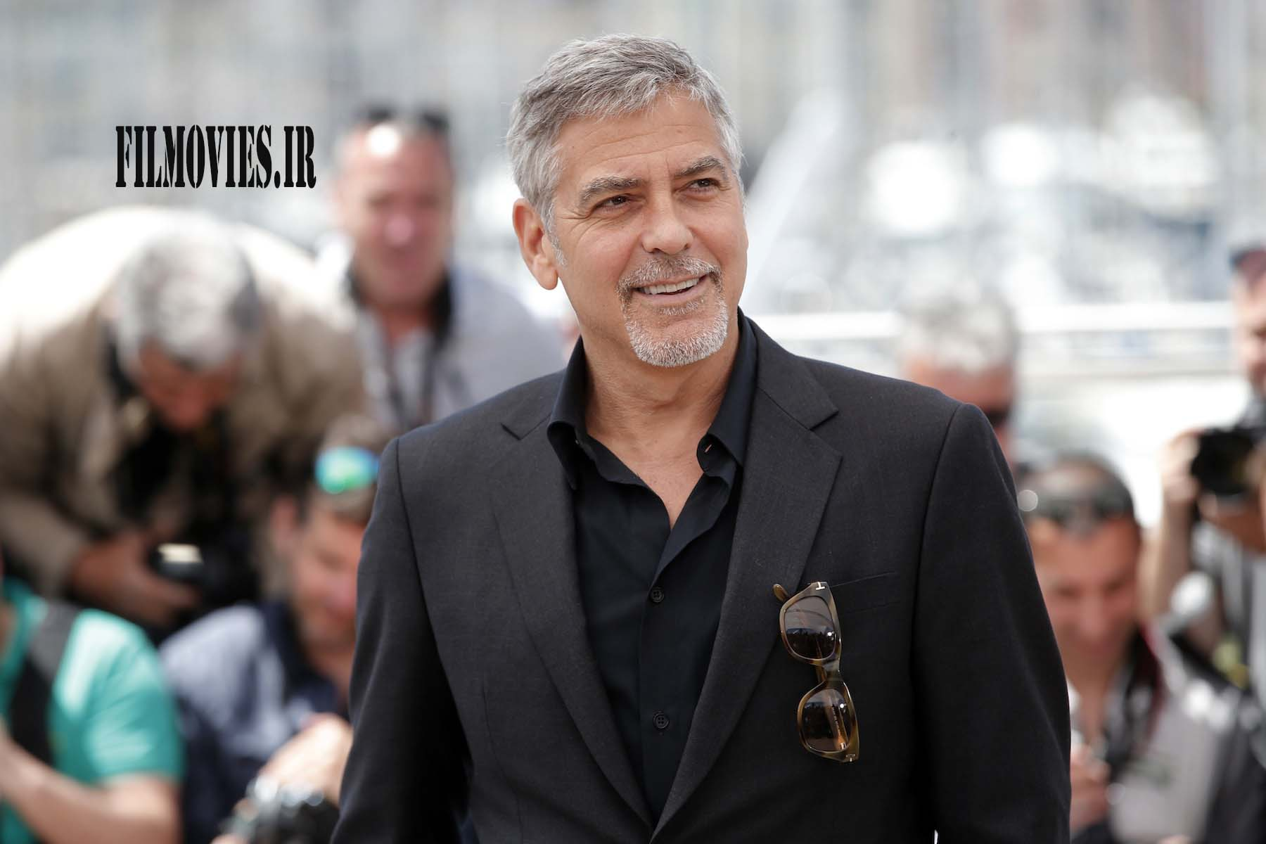 Actor George Clooney poses for photographers, during a photo call for the film Money Monster at the 69th international film festival, Cannes, southern France, Thursday, May 12, 2016. (AP Photo/Thibault Camus)