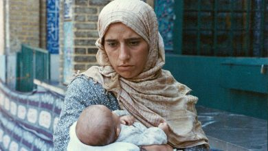تصویر از نقد فیلم دستفروش مخملباف